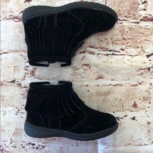 Carter fringe boots infant size 6